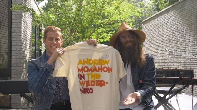 アンドリュー・マクマホンさんの直筆サイン入り ツアーTシャツプレゼント