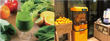(左)スムージー (右)オレンジジュース