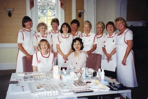 1999年、英国赤十字社にて