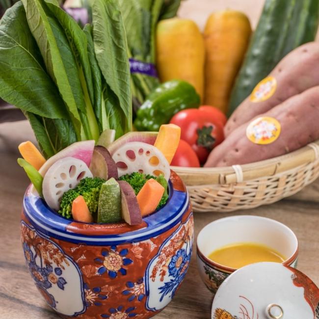 名物!加賀野菜の入ったバーニャカウダ...加賀野菜をはじめとした地元野菜を使ったバーニャカウダ。