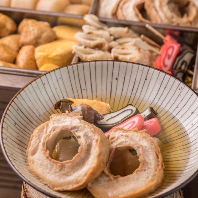 金沢 おでん盛り合わせ...バイ貝、車麩といった金沢の名産品、加賀野菜を始めとした地元野菜を使ったあっさりおでん。