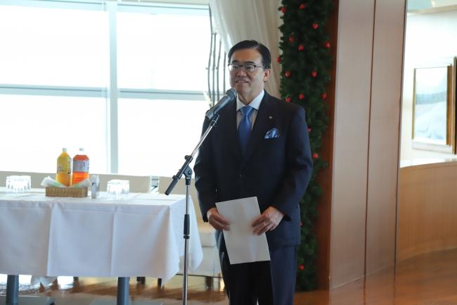 愛知県の豊富な食材を世界にもPRしていきたいと話す大村知事