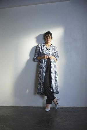 <ORDINARY FEDERATION x GENE HEAVENS>マーブルプリントシャツドレス ¥17,200+TAX