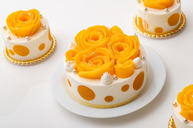 フラワーマンゴショートケーキ