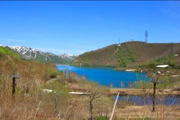 山頂駅付近にて見える田代湖