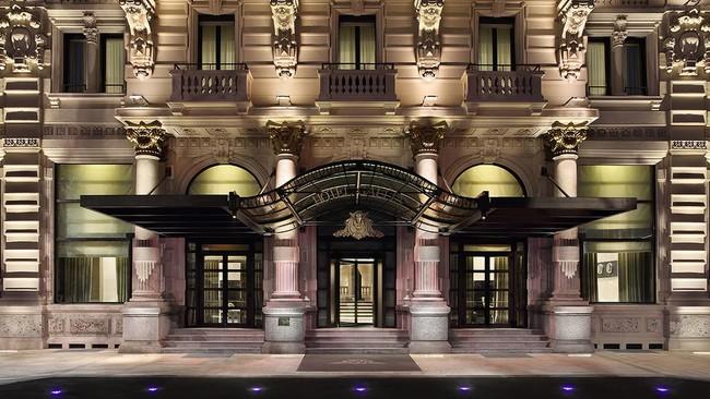 エクセルシオール ホテル・ガリア,ラグジュアリーコレクションホテル エントランス