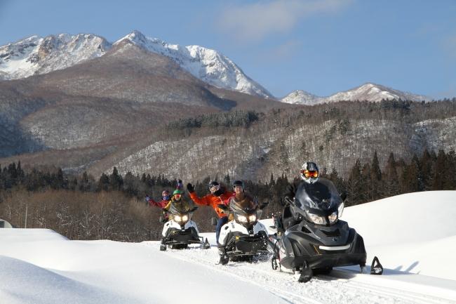 妙高 杉ノ原スキー場 スノーモービルツアー