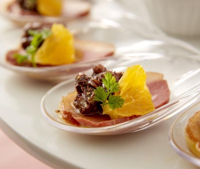 チョコと鴨のマリアージュオレンジ風味 イメージ (スイーツ&ディナーブッフェのみご提供)