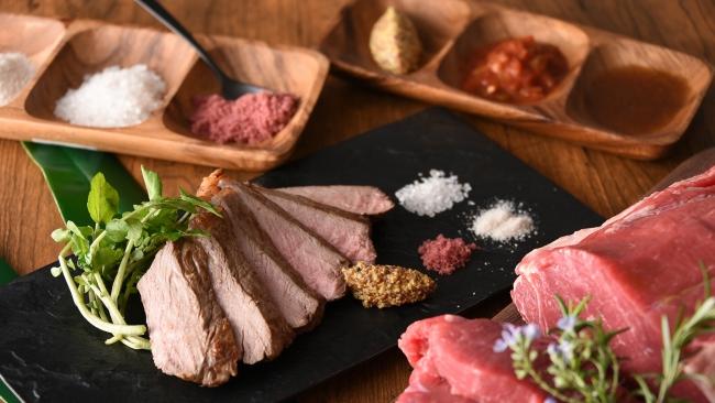 牛ロース肉の鉄板焼き イメージ