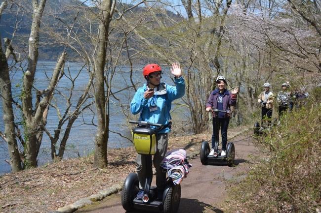 箱根芦ノ湖セグウェイ自然体験ツアー