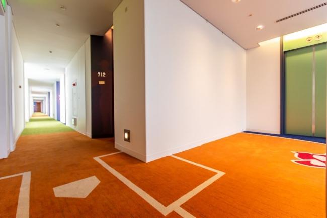 7階廊下 ヴィクトリーロード