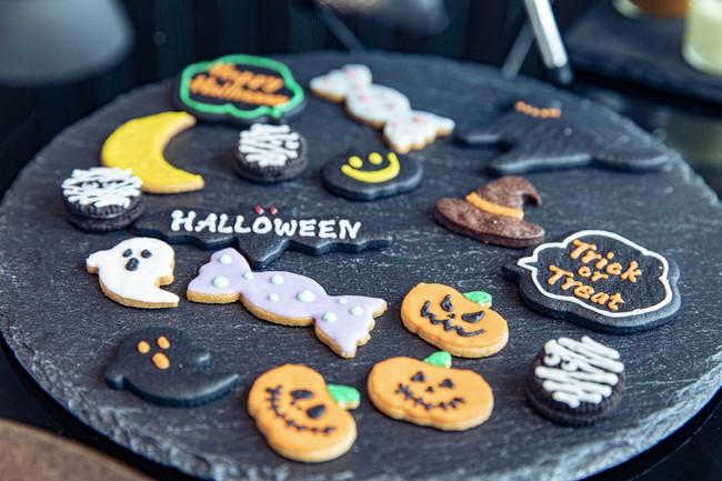 「Trick or Treat」の合言葉をお伝えいただいたお客さまにお選びいただくクッキー
