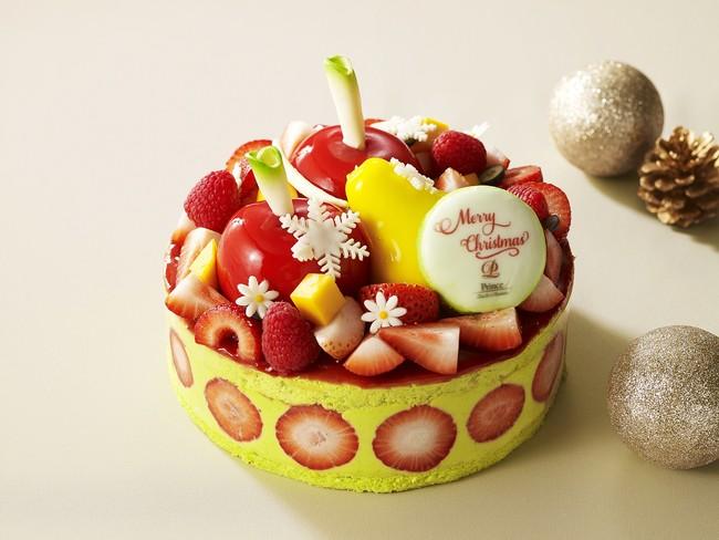 ピスタチオで作ったムースリーヌと洋梨やリンゴをかたどったムースの「Fraisier Pistache」(フレジェ ピスターシュ) ¥9,200 (数量限定)