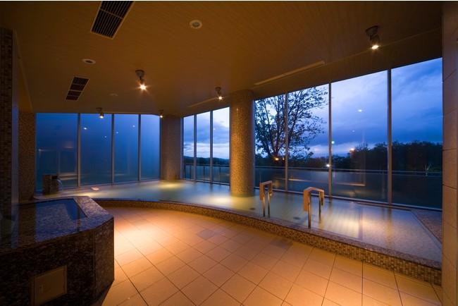 富良野温泉(紫彩の湯)