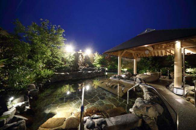 神戸みなと温泉 蓮 露天大浴場