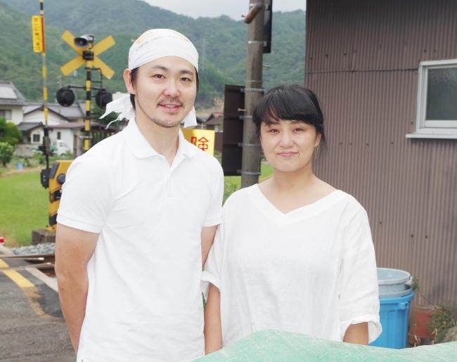 「但馬のジビエ ココ鹿」(左から)高田 尚希さん・高田 宏美さん