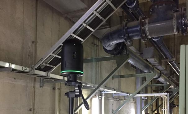 3Dスキャナによる施設撮影風景