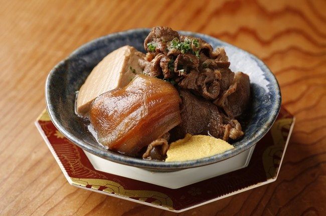 淡路牛と成井さんちの完熟たまねぎの肉豆腐