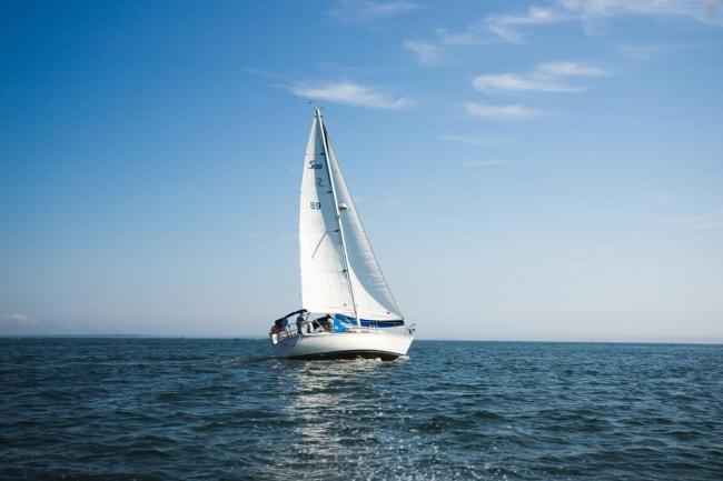 帆船LAPUTAが海を渡って愛知県知多半島からやってきます!※写真はイメージです。