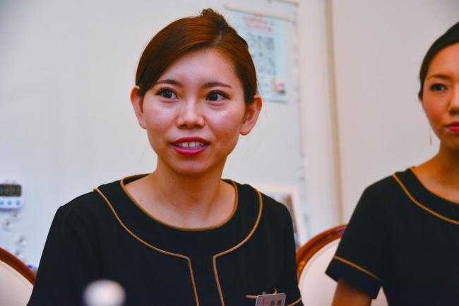 森嶋沙耶花/新宿本店、一女
