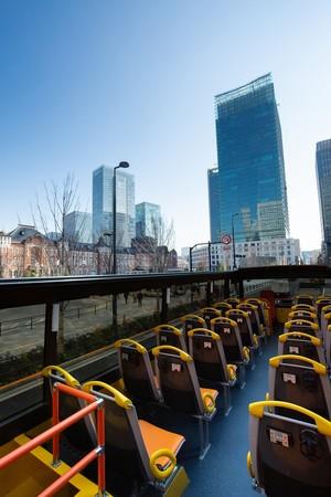 太陽が眩しい!水着で乗れるバスで湘南を目指します