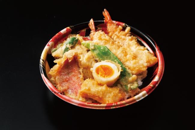 <銀座ハゲ天>薫風(くんぷう)天丼 税込899円 765kcal  旬の食材をおいしい天ぷらに仕立てました。