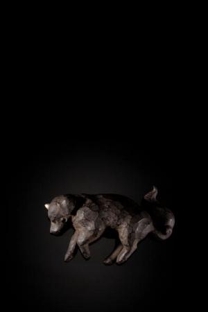 大森暁生「狛の仔」H6.2×W23.4×D13.6cm ブロンズ、銀箔、彩色  限定100体・桐箱付属 PHOTO by Katsura Endo