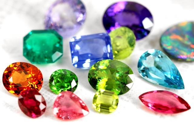 「宝石 画像」の画像検索結果