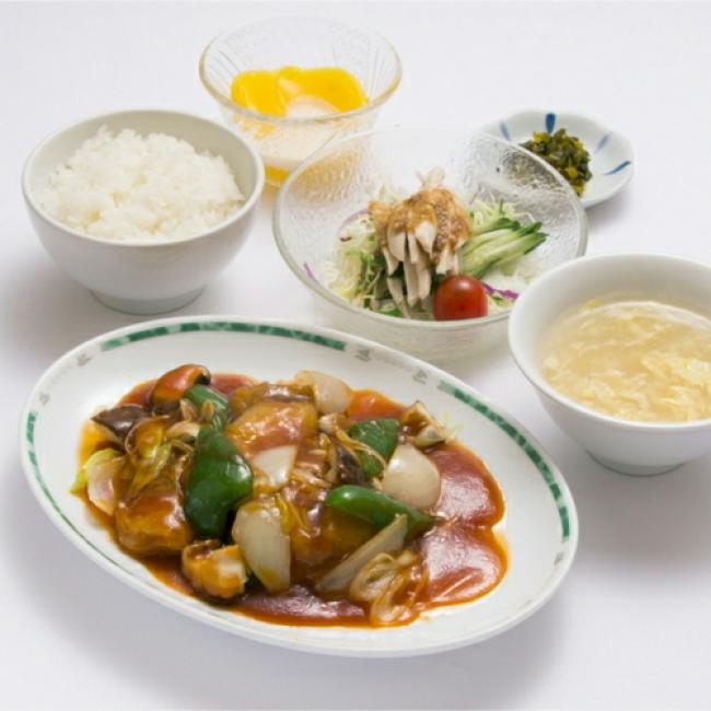 白身魚のあんかけ定食 1,300円(税・寄付金20円込)