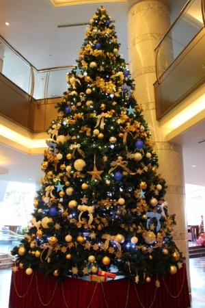 ビッグクリスマスツリー
