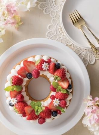 (1)「苺のリースケーキ」