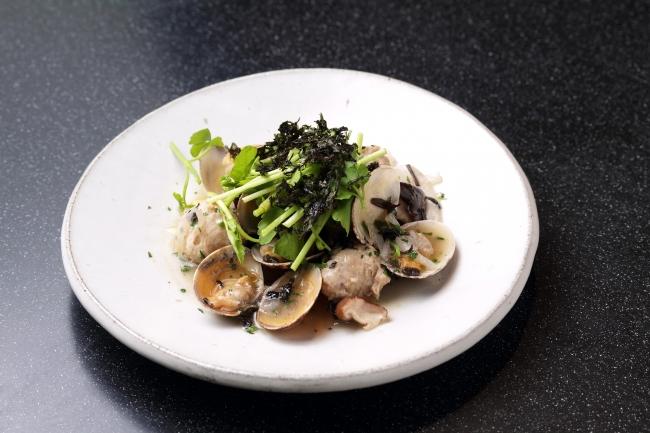 『媛っ子地鶏』のつくねと浅利スープ仕立て 佐賀海苔の香り
