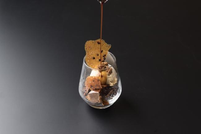 「ショコラクレームとほうじ茶アイスのアフォガード」 1,200円