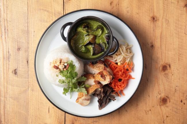 夏野菜のグリーンカレー(スープ付き)1,000円