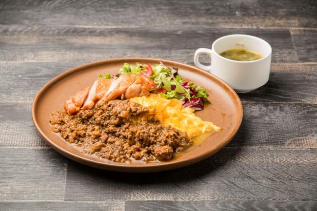 チキンオーバーライスカリー(スープ付き) 1,080円