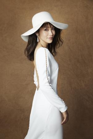 eed4d36adfb0b 山口紗弥加「こんなドレスを着られるなら結婚したい!」 理想の結婚式は ...