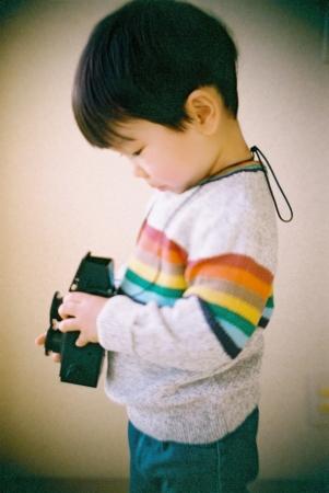 ▲カメラサイズは80mm×115mm×70mmで小型軽量です。