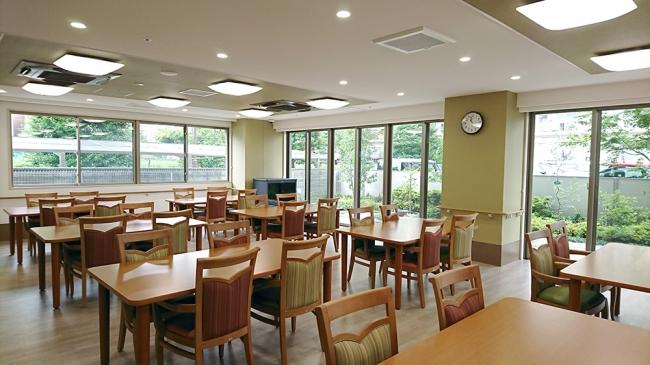 共用食堂 和食を中心に、管理栄養士監修の栄養バランスがとれた食事を1食からオーダーできます。