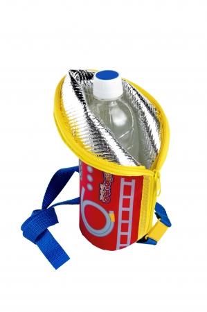 ▲保冷機能付きで、ペットボトルホルダーにもなる!