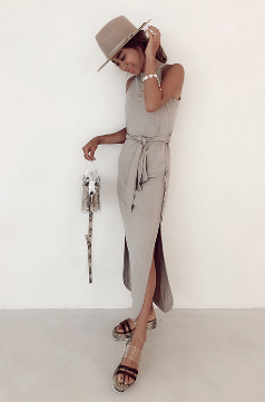 Side Slit Coconut Button Tank Dress Sand Beige (Fサイズ) ¥15,200(+tax)