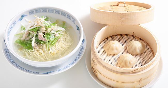 麺+小籠包ランチ(蒸しor焼き) 1,000円(税抜)