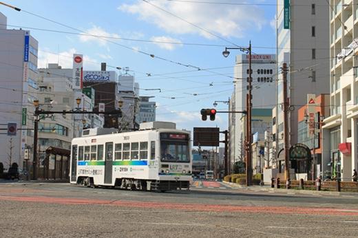 豊橋市内を走る路面電車