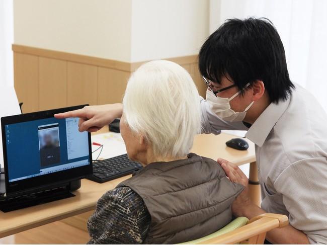 AI顔診断の様子