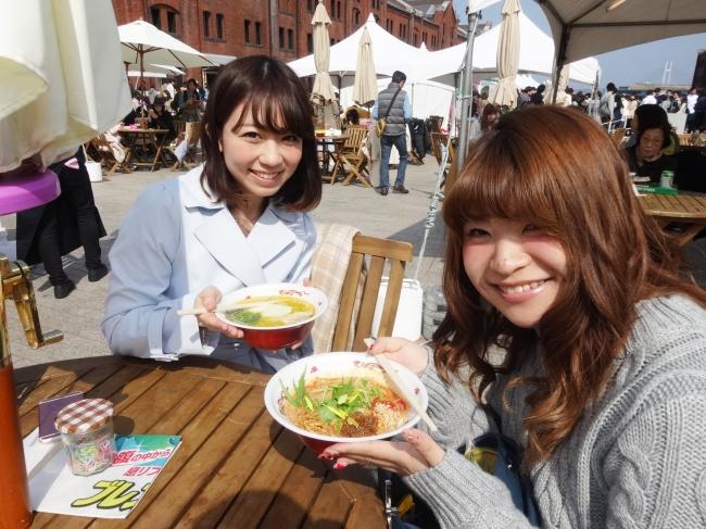 d25862 26 832032 12 - 【画像】 大阪にラーメン女子が集結