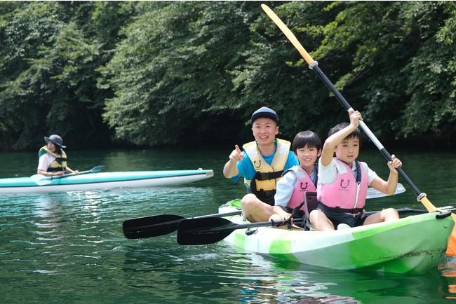 夏には親子キャンプやカヌー体験も