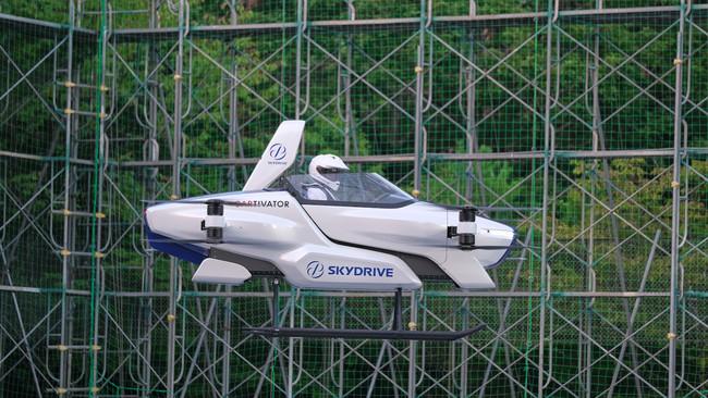 空飛ぶクルマSD-03・有人デモフライト画像