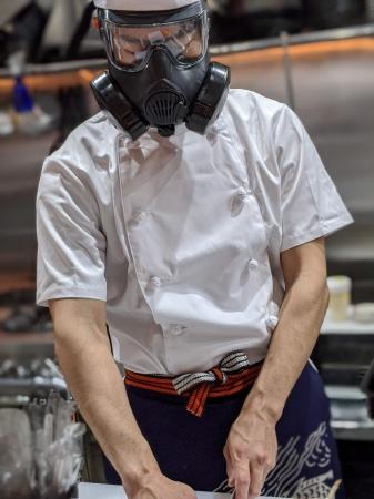 ガス マスク コロナ ウイルス