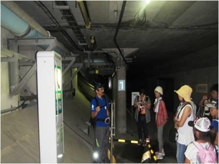 アクアトンネル:緊急避難通路探検