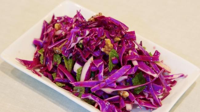 紫キャベツとミントのサラダ