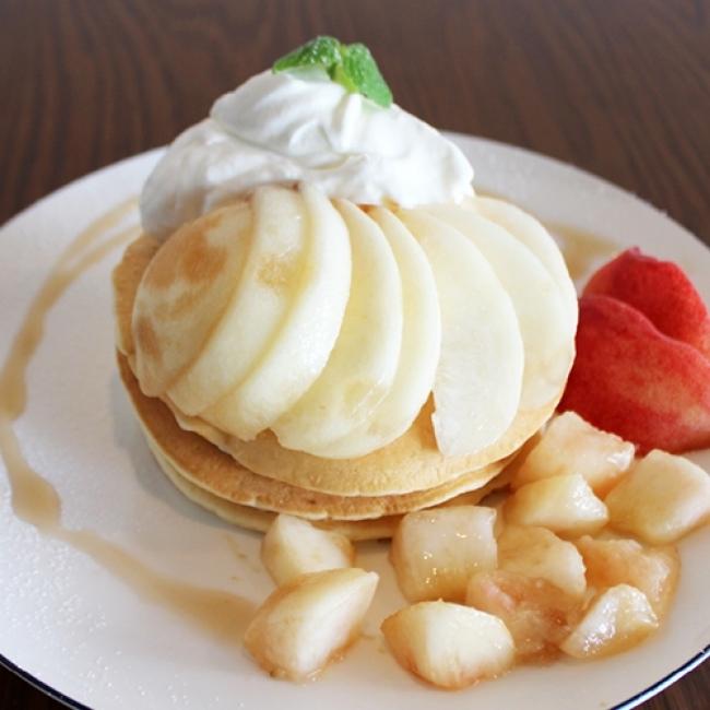 桃まるごとパンケーキ